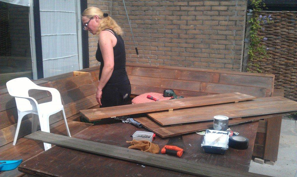 Loungebak bouwen met Klusvrouw Nicole Prins