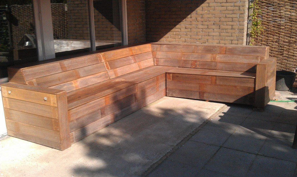 Loungebank bouwen