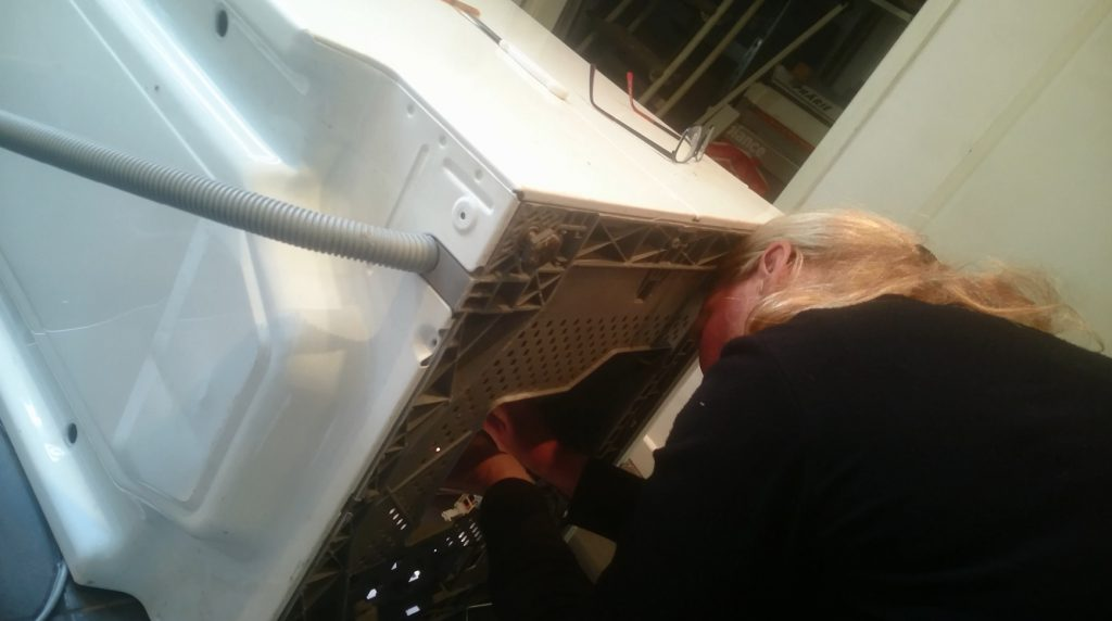 Zelf je kapotte wasmachine repareren